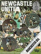 NEWCASTLE UNITED v MANCHESTER UNITED Saturday 20th March 1976 Football Programme