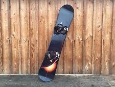 NITRO MAGNUM 5.9 + paires de fixations NITRO Planche de surf en bon état