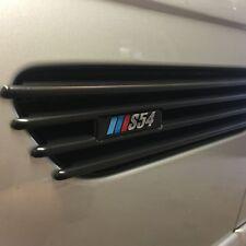 E46 M3 GLOSS BLACK FENDER GRILLE VENT M3 EMBLEM  BADGES NEW