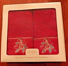 Lenox Finger Tip Towels Christmas Red Holly Lenox Bath Collection (2) New in Box