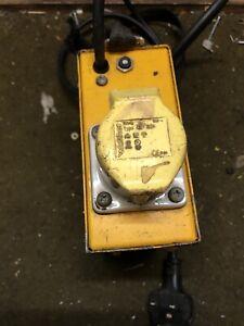240V to 110V Portable Tool Transformer 1ph 1 Socket 1.5kVA (1500VA)