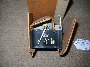 NOS Mopar 1946-1948 Chrysler Oil Pressure Gauge Black Face w/Script Letters Mint