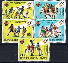 Gestempelte Briefmarken aus Afrika mit Fußball-Motiv