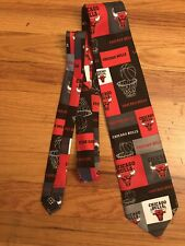 VTG CHICAGO BULLS NBA Logo Basketball Red Black Neck Tie - 2005 -