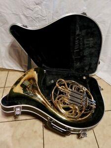 Yamaha YHR 561 Double French Horn w/Case 202662 Plays Nice