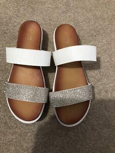 Ladies Size 8 WIDE FIT Sandals