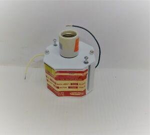 Dayton H.I.D. Retrofit Light Fixture # 2V671 120 Volts  5O Watts Free Shipping