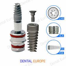 Impianto dentale a spirale sterile ed è pronto per l'uso di esagono...