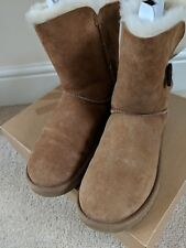 Authentic UGG Australia Chestnut Bailey Button Boots Size UK 4.5 Ex Condition