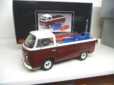 1:18 Schuco VW T2 T2a Pritsche mit Seifenkisten 450018200  NEU NEW