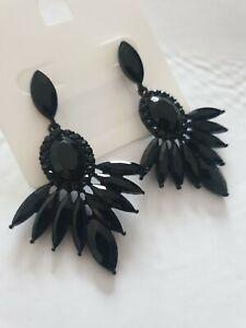 Chandelier Style Dangle Drop Earrings Black Coated Alloy Rhinestone Detail