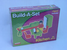 DOLLS HOUSE KITCHEN FURNITURE - BUILD-A-SET 30 PIECE WITH FIGURE