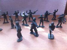 Plastic Green Army Men & Truck Bundle ~ Toy