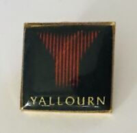 Yallourn Power Station Australia Souvenir Pin Badge Rare Vintage (R9)