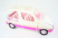 VINTAGE 1995 Barbie MINI VAN AUTO PICNIC