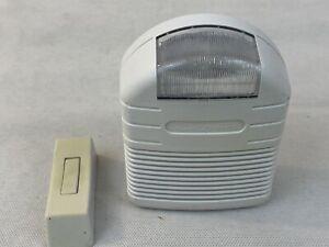 Heath Zenith Wireless Strobe Door Chime Wireless SL-6144 Hearing Impaired Alert
