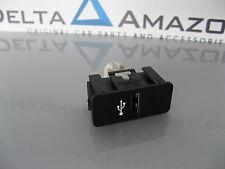 BMW USB Buchse Schaltbar Adapter 84109230248 / 9230248