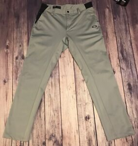 Oakley Mens Pants Stone Gray Size 30 Waist Tailored Fit Truth Golf Active EUC