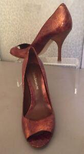 Women's 8 Enzo Angiolini Brown Heels