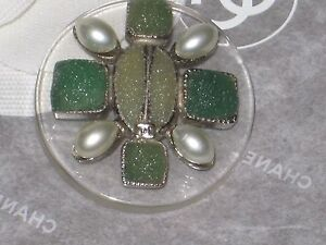CHANEL  METAL CC LOGO FRONT  GREEN GLASS PEARL BUTTON  33 MM / OVER 1 1/4''