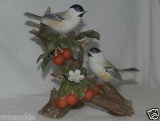 HOMCO Masterpiece Bird Chickadee With Fruit Classic Porcelain 11164-02 2002