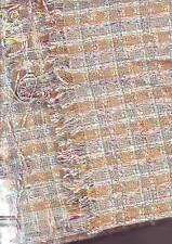 belle piece de tissu gai  - genre coton laine - 160 x 194 cm