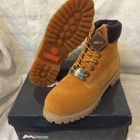 "Mens Mountain Gear Trekker 6"" Boots Memory Foam Sizes 9.5  thru 13 Wheat"
