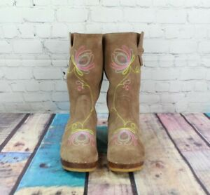 HANNA ANDERSSON Women's Brown Suede Wood Clogs Embroidered Boots Size 40 US 10