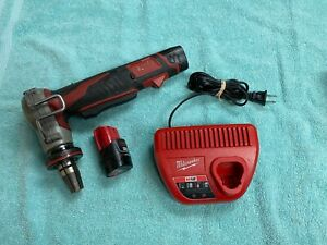"""Milwaukee M12 Cordless ProPEX Expansion Tool w/ 2 Batteries, 1"""" Head & Charger"""