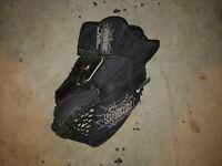 Hockey Goalie Glove Catcher CG2000 Spider Canada Sr Med Size Black