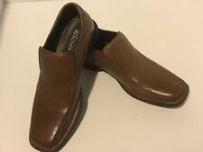 Men's Kenneth Cole Brown Leather Loafers Size 10. EUC