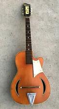 ancienne guitare CATANIA CARMELO design 1963 chitarra guitar