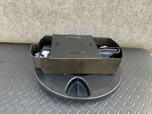 ✔MERCEDES W221 S400 S550 CL550 TRUNK SPARE TIRE LIFT JACK HOLDER ASSEMBLY OEM