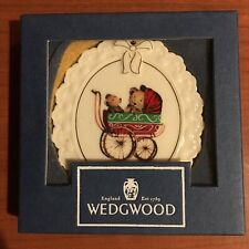 Wedgwood Baby'S 1St Christmas Ornament 1996 White Jasper w/Gold Babycarriage Box