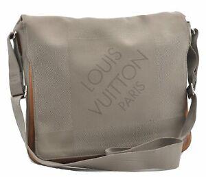 Auth Louis Vuitton Damier Geant Messager Shoulder Cross Body Bag M93030 LV D1254
