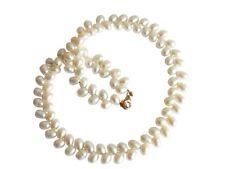 GEMSHINE Damenhalskette weißen Perlen vergoldete Zuchtperlenkette Tropfen