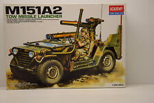 JEEP M151A2 TOW MISSILE LAUNCHER ACADEMY 1/35 NEUF EN BOITE
