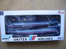 UNITED AIRLINES Boeing 747-400 NewRay NEU / MINT!