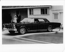 1966 Ford LTD Fordor Hardtop, Factory Photo (Ref. # 42802)