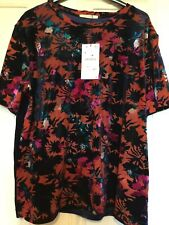 ZARA, A Lovely Ladies New Floral Top, size L