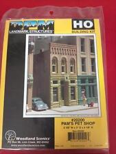 Pam's Pet Shop DPM Building Kit HO Structure #20200 Model Trains - New
