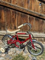 1970's Schwinn Stingray Red Lil Tiger Bike w training wheels ALL ORIGINAL