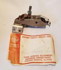 G.E. Thermostat Qty 1 NOS OEM 677 XNC8X26/605131 Hobart 00-347311-00001