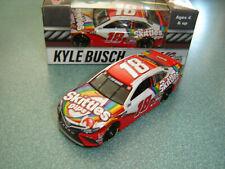 2017 Wave 5 Kyle Busch M/&M/'s Hauler Variant 2 1//64 NASCAR Authentics Diecast