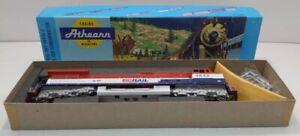 Athearn 4927 HO Scale B.C. Rail #4642 C44-9W Diesel Locomotive LN/Box