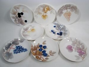 Antique NYMPHENBURG Art Nouveau JUGENDSTIL Set 8 Fruit Plates Germany