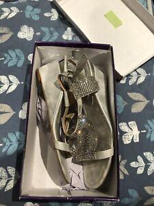Lotus Size 7 Silver Sparkling Evening Sandals