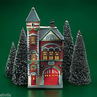 RED BRICK FIRE STATION # 55360  DEPT 56 RETIRED Christmas in the City