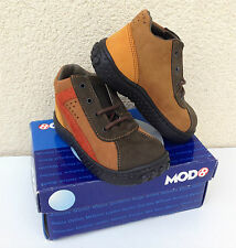 Chaussures mi-saison / bottines en cuir - MOD8 - P. 22, NEUVES (valeur 75 euros)