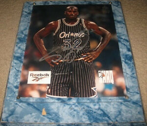 SHAQ ONEAL AUTOGRAPHED 8X10 (NBA TOP 50 OF ALL TIME)